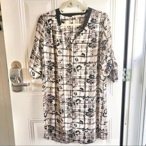 Skies Are Blue tan and navy patterned dress SZ S